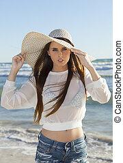 femme, chapeau, plage