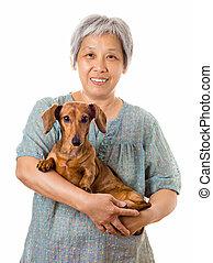 femme, chien basset allemand, mûrir, asiatique