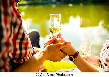 femme, clanging, champagne, homme, lunettes vin