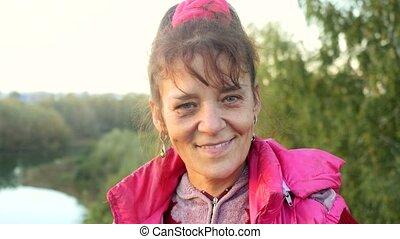 femme, cliff., âge, mûrir, 3840x2160, portrait, sourire