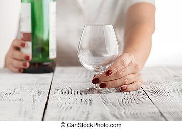 femme, coup, alcool, offrande, problèmes, quelques-uns, solution, ton