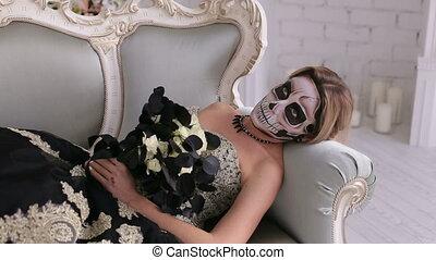 femme, crâne, formulaire, sofa, maquillage, terrifiant, mensonges, retro, robe