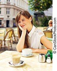 femme, décontracté, café, air, apprécier, ouvert