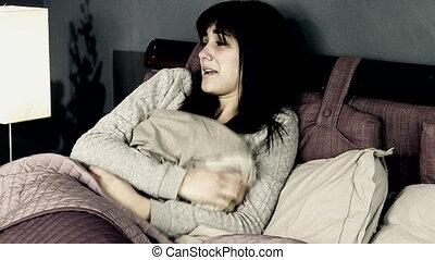 femme, désespéré, lit