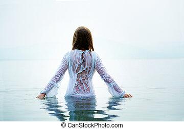 femme, dans, eau