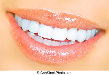 femme, dents