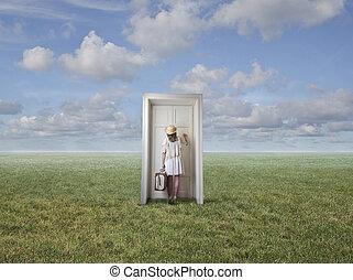femme, devant, porte