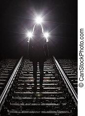 femme, devant, train