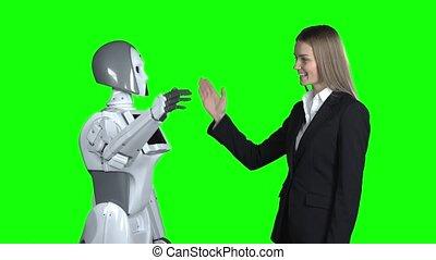 femme, donner, écran, robot, main, vert, five.