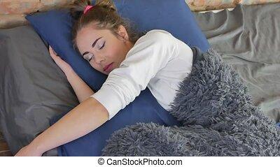 femme, dormir, puits