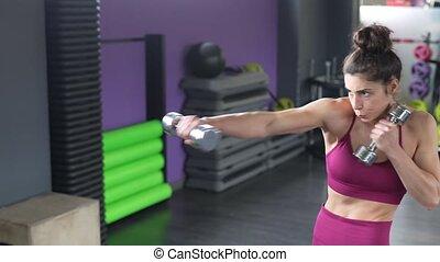 femme, dumbbells., frapper, boxe, sportif