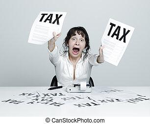 femme, effrayé, impôts