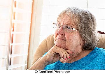 femme, elle, fenêtre, contemplatif, personne agee, fixer, dehors