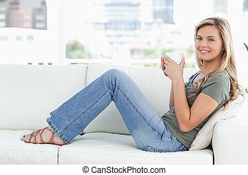 femme, elle, séance, obliquement, quoique, regarder, grande...