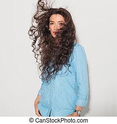 femme, elle, soufflé, cheveux, avoir, vent
