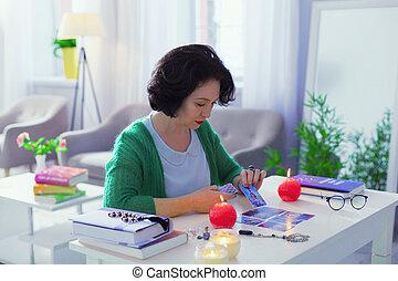 femme, elle, tâche, concentrer, sérieux, gentil