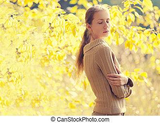 femme, ensoleillé, automne, chaud, apprécier, jour, sensuelles