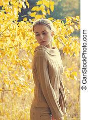 femme, ensoleillé, automne, jour chaud, sensuelles