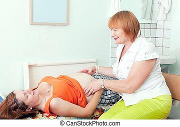 femme, estomac, docteur, touchers, pregnant