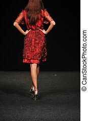 femme, exposition mode