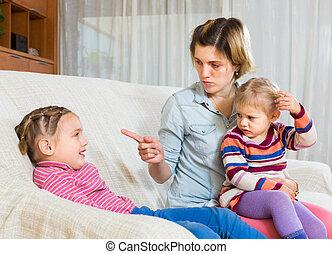 femme fâchée, shaming, enfant
