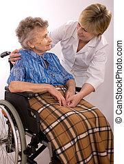 femme, fauteuil roulant, personnes agées