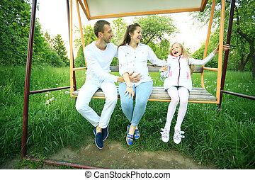 femme, fille, elle, pregnant, ensoleillé, parc, promenade, jour, mari