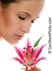 femme, fleur