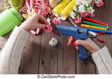 femme, fleurs, fait main, fusil, fondre, colle