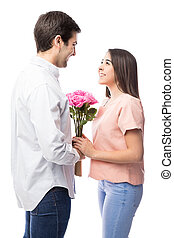 femme, fleurs, obtenir, petit ami