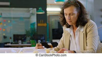 femme, fonctionnement, cadre, table, 4k, bureau