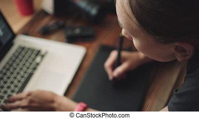 femme, fonctionnement, tablet., ordinateur portable, concepteur, graphiques