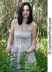 femme, forêt, jeune