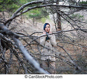 femme, forêt, solitaire
