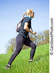 femme, formation, actionner marche