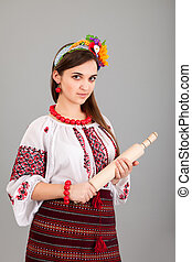 femme foyer, à, rouler, pin., femme, usures, ukrainien, robe nationale