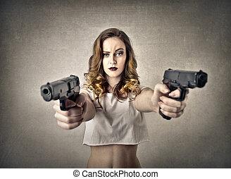 femme, fusils