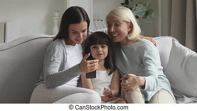 femme, générations, apps, smartphone, trois, utilisation, ...