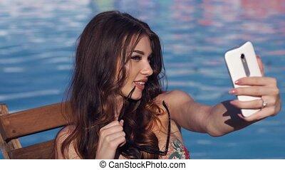 femme, grimer, jeune, sexy, fin, selfie, piscine, natation