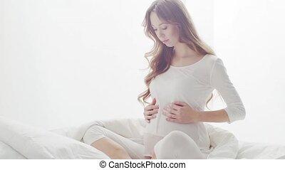 femme heureuse, belly., grossesse, beau, maternité, espérance, toucher, pregnant, elle, concept