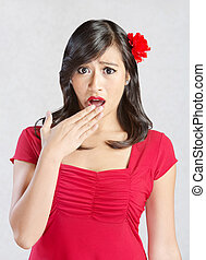femme hispanique, choqué
