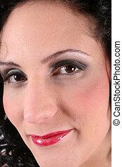 femme hispanique, sourire