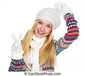 femme, hiver, projection, jeune, victoire, vêtements, geste, heureux