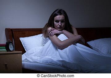 femme, insomnie, jeune
