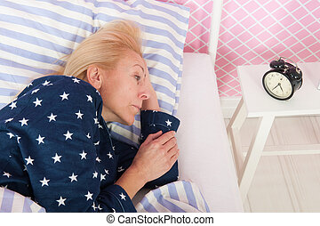 femme, insomnie, mûrir