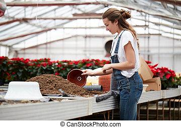 femme, jardinier, fonctionnement