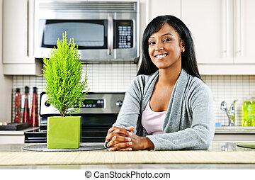 femme, jeune, cuisine