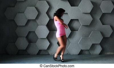 femme, jeune, danser.