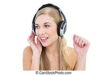 femme, jeune, musique écouter, sérieux, blond