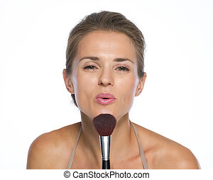 femme, jeune, souffler, brosse